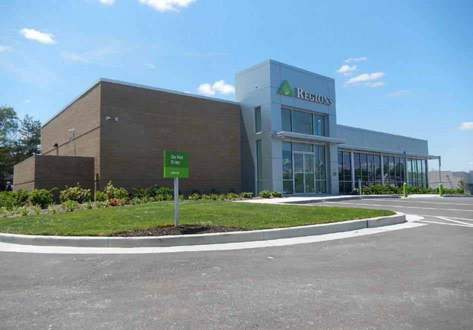 Regions Bank's New St. Ann Location
